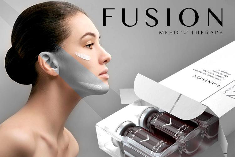 قيمت کوکتل مزوتراپی فيوژن اسپانيا Fusion به همراه تصویر یک خانم جوان که روی صورت خود کرم مالیده است